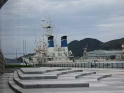 ♪長崎から船に乗って・・・・